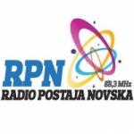 Logo da emissora Radio Postaja Novska 88.3 FM