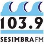 Logo da emissora Rádio Sesimbra 103.9 FM