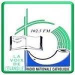 Logo da emissora Radio Nationale Catholique 102.5 FM