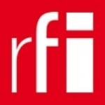 Logo da emissora Radio RFI Portugal 103.6 FM